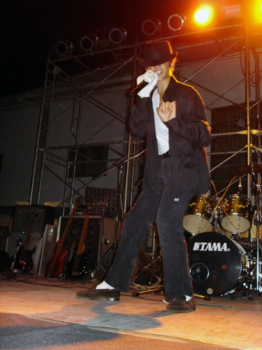 Raphaël's high school performance of Billie Jean